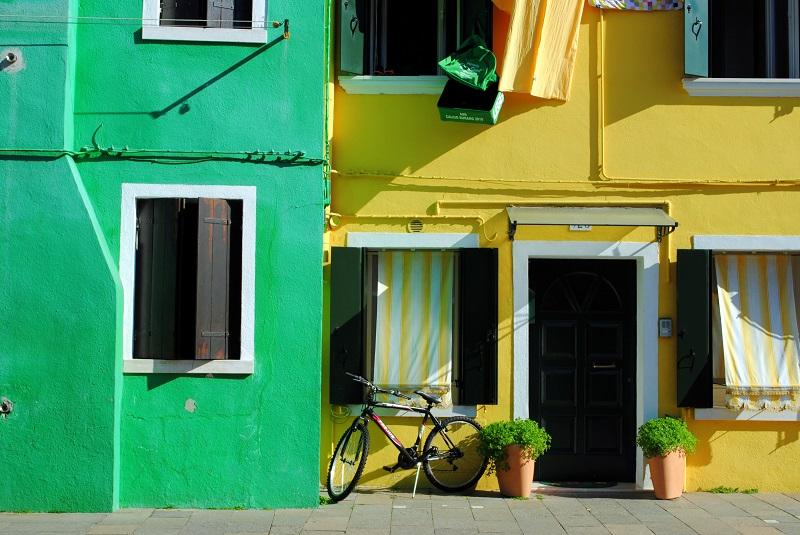 Visita a burano l 39 isola color arcobaleno sempre in partenza for Planimetrie uniche della casa