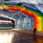 Tour delle stazioni metro di Stoccolma: arte e design